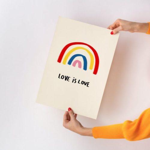 poster-loveislove